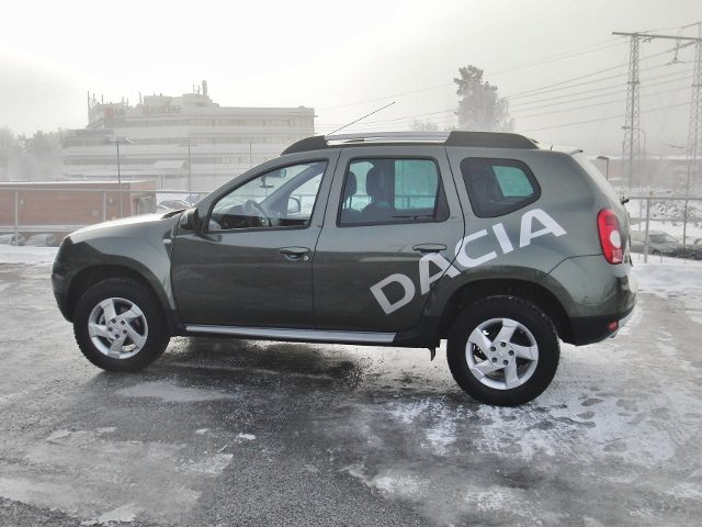 Dacia Duster sida2